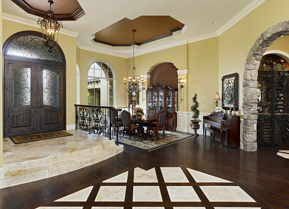 20 Private Residence 1 foyer 700 PX